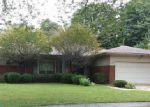 Foreclosed Home in Grosse Pointe 48236 S EDGEWOOD DR - Property ID: 3446599742