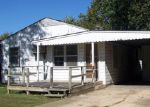 Foreclosed Home in West Plains 65775 7TH ST - Property ID: 3447130110