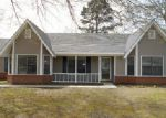Foreclosed Home in Columbus 39702 PINEWOOD DR - Property ID: 3447362693