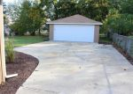 Foreclosed Home in Elgin 60123 KATHLEEN DR - Property ID: 3447975409