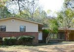 Foreclosed Home in Talladega 35160 FOREST HILLS CIR - Property ID: 3448102422