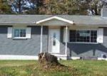 Foreclosed Home in Rossville 30741 GREENHILL DR - Property ID: 3448892530