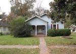 Foreclosed Home in Tallulah 71282 DAVIS ST - Property ID: 3449489938
