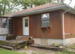 Foreclosed Home in Independence 64053 S LAKE DR - Property ID: 3450227477