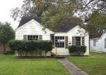 Foreclosed Home in Beaumont 77705 GARLAND ST - Property ID: 3450697419