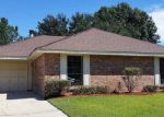 Foreclosed Home in La Place 70068 BIENVILLE ST - Property ID: 3450837129