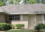 Foreclosed Home in Baton Rouge 70814 CARLSBAD DR - Property ID: 3450873487