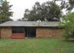 Foreclosed Home in Arlington 76016 RUSHVIEW DR - Property ID: 3451352635