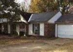 Foreclosed Home in Horn Lake 38637 WALNUT GROVE RD - Property ID: 3453616518