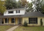 Foreclosed Home in Richardson 75080 LAMP POST LN - Property ID: 3454694820