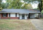 Foreclosed Home in Memphis 38117 DEARING RD - Property ID: 3455469140