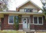 Foreclosed Home in Newton 62448 S VAN BUREN ST - Property ID: 3456756804
