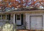 Foreclosed Home in Shirley 11967 HOLLYWOOD DR - Property ID: 3457499601