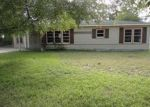 Foreclosed Home in Port Lavaca 77979 DAN AVE - Property ID: 3458953673