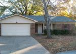 Foreclosed Home in Fort Smith 72903 S 93RD CIR - Property ID: 3459355738