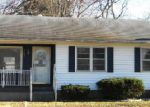 Foreclosed Home in Louisville 40272 JANNA DR - Property ID: 3459735454