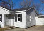 Foreclosed Home in Mount Vernon 62864 CHERRY ST - Property ID: 3460149785