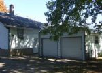 Foreclosed Home in Watseka 60970 E HICKORY ST - Property ID: 3460262335