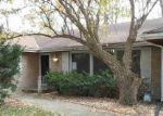 Foreclosed Home in Rockford 61107 SPRING CREEK RD - Property ID: 3460271539