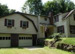 Foreclosed Home in Hamden 06518 W WOODS RD - Property ID: 3461203997