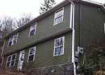 Foreclosed Home in New Milford 06776 MERRYALL RD - Property ID: 3461281503