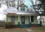 Foreclosed Home in Lincoln 62656 OMAHA AVE - Property ID: 3462376884
