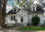 Foreclosed Home in Lincoln 62656 S MCLEAN ST - Property ID: 3462378634