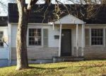 Foreclosed Home in Knoxville 37914 SELMA AVE - Property ID: 3464412582