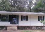 Foreclosed Home in Waverly 37185 BUZZARD CAVE RD - Property ID: 3464488346