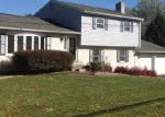 Foreclosed Home in Harrisburg 17111 DEVONSHIRE HEIGHTS RD - Property ID: 3466769762