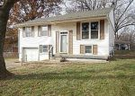 Foreclosed Home in Liberty 64068 HIGHLAND DR - Property ID: 3467469642