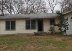 Foreclosed Home in Cleburne 76033 GRAHAM ST - Property ID: 3469480370