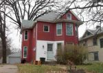 Foreclosed Home in Davenport 52803 ARLINGTON AVE - Property ID: 3470889334