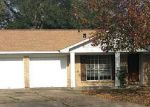 Foreclosed Home in Baytown 77520 CAMELIA CIR - Property ID: 3472561525