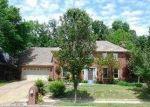Foreclosed Home in Cordova 38016 CARROLLWOOD LN E - Property ID: 3472799342