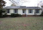 Foreclosed Home in Maidens 23102 THREE OAKS LN - Property ID: 3477565374