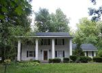 Foreclosed Home in Lafayette 37083 FOREST CIR - Property ID: 3478676965