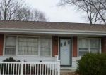 Foreclosed Home in Lincoln 62656 NICHOLSON RD - Property ID: 3487528405