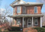 Foreclosed Home in Alton 62002 WASHINGTON AVE - Property ID: 3489345561