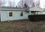 Foreclosed Home in Williamsville 62693 BIRCH LN - Property ID: 3489365713