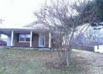 Foreclosed Home in Frankfort 40601 IRON DR - Property ID: 3489638117
