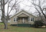 Foreclosed Home in Paducah 42001 BLANDVILLE RD - Property ID: 3489645125