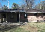 Foreclosed Home in Baton Rouge 70815 N HARVEY DR - Property ID: 3489673157