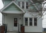 Foreclosed Home in Wyandotte 48192 BONDIE ST - Property ID: 3489834341