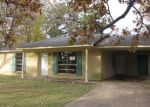 Foreclosed Home in Senatobia 38668 GANN ST - Property ID: 3490110254
