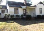 Foreclosed Home in New Bern 28560 MCARTHUR AVE - Property ID: 3490246478