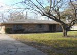 Foreclosed Home in Terrell 75160 STONEGATE ST - Property ID: 3490919191