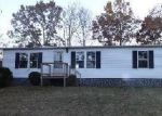Foreclosed Home in Thaxton 24174 QUARLES RD - Property ID: 3491034836