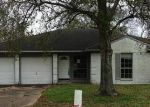 Foreclosed Home in Dickinson 77539 LIVE OAK DR - Property ID: 3491488118