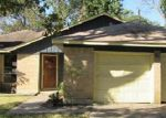 Foreclosed Home in Baytown 77521 FOREST TRL - Property ID: 3491506529